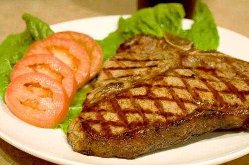 carne-vermelha-tomates